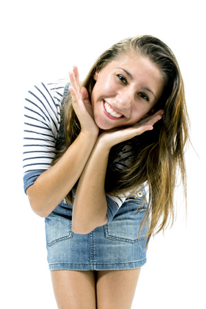 ropa deportiva: Hermosa chica con expresi�n posando ropa deportiva