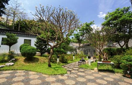 Chinese traditional garden in Hong Kong, China Stock Photo - 6947055