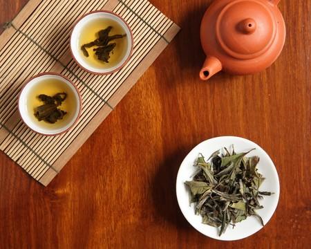 yellow tea pot: chinese tea Stock Photo