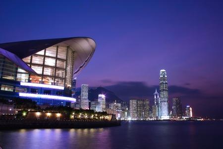 comercial: Skyline de Hong Kong en la noche
