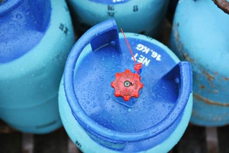 cilindro de gas: Tanques de gas propano