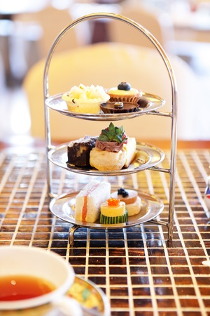 dessert stand: Afternoon tea