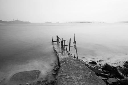 desolate: desolate pier