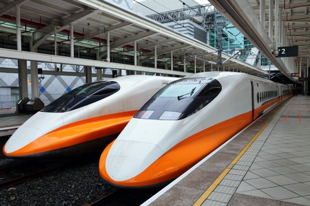 bullet train: modern high speed train