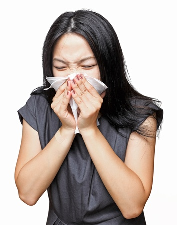 resfriado: Chica estornudo