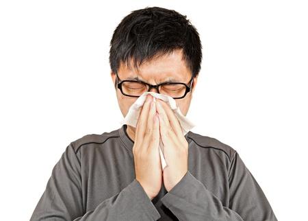 resfriado: Hombre estornudo