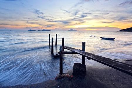 sunset pier photo