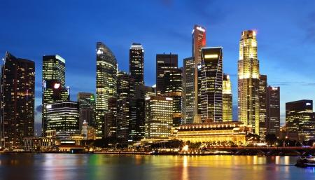 jachthaven: Singapore City in de schemering