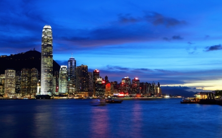 Hong Kong skyline at night Stock Photo - 17115471