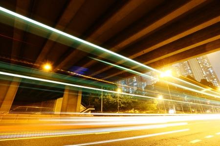 schlagbaum: Tunnel mit dem Verkehr Spur Lizenzfreie Bilder