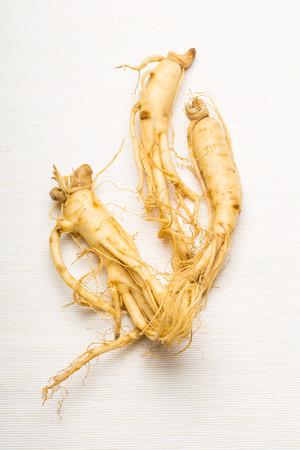 Fresh Ginseng Zdjęcie Seryjne - 24023775
