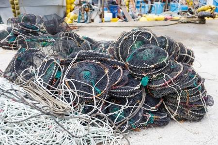 pesquero: Trampas vac�as para la pesca de captura