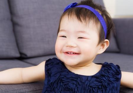 giggle: Baby girl giggle