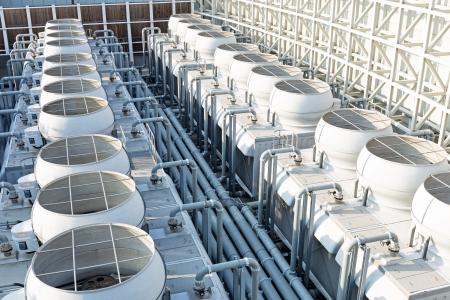 sistemleri: Çatı üstüne klima sistemleri Stok Fotoğraf
