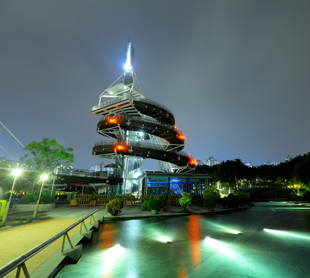 po: Waterfront park in Taipo at night