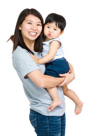 mama e hijo: Asia madre con el hijo beb� Foto de archivo