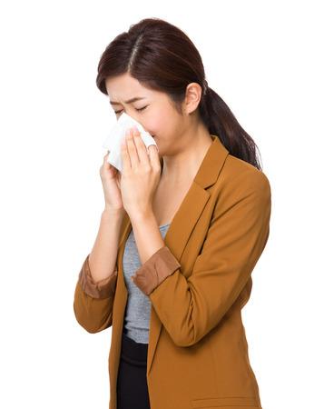 estornudo: Estornudo Empresaria asi�tica Foto de archivo