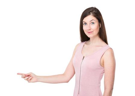 beiseite: Frau mit dem Finger Punkt beiseite Lizenzfreie Bilder