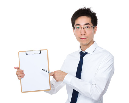 eye pad: Young businessman pen point to clipboard