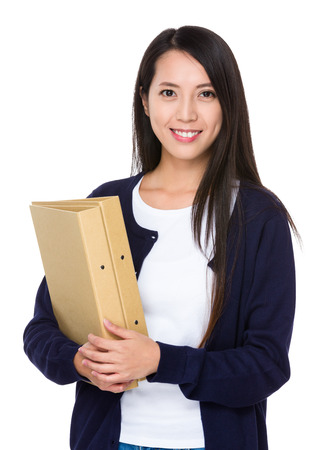 documentos: asimiento de la mujer con el trabajo de documentos