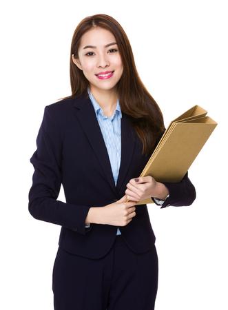 estuche: Asimiento Empresaria asiática con la carpeta