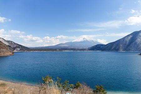 fuji san: Lake and Fuji san