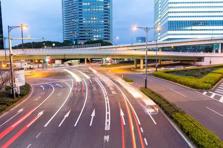ruch: Tokyo city at night