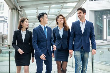 함께 일하는 전문 비즈니스 팀 스톡 콘텐츠