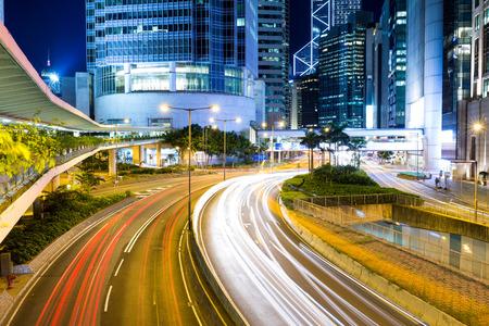 schlagbaum: Hong Kong Stadt bei Nacht