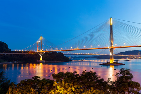 ting: Ting Kau bridge at night