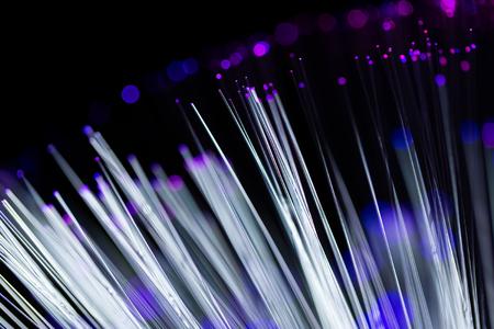 fiber optics: Multicolor fiber optics