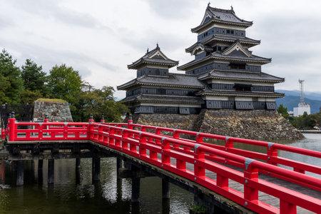 Matsumoto castle and red bridge