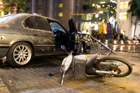 オートバイの事故 写真素材