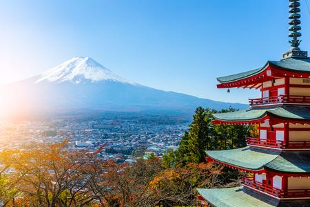 sengen: Mt. Fuji viewed from behind Chureito Pagoda Stock Photo