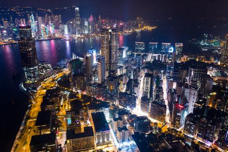 Victoria Harbour, Hong Kong 03 September 2018:-luchtfoto van de stedelijke stad van Hong Kong