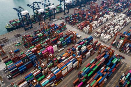 Kwai Tsing, Hong Kong, 09 de octubre de 2018: - Terminales de contenedores de Kwai Tsing en Hong Kong Editorial