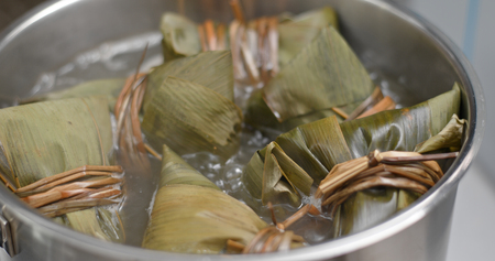 Cooking with rice dumpling