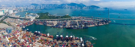 Kwai Chung, Hong Kong 15 May 2019:  Top view of Kwai Chung Cargo Terminal in Hong Kong 新聞圖片