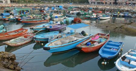 Cheung chau, Hong Kong, 24 April 2019: Crowd of small boats in the sea of Cheung chau island 新闻类图片