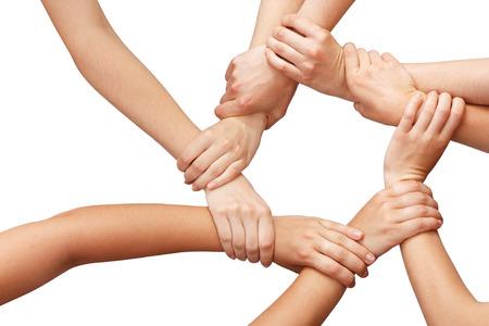 Anneau de nombreuses mains le travail d'équipe