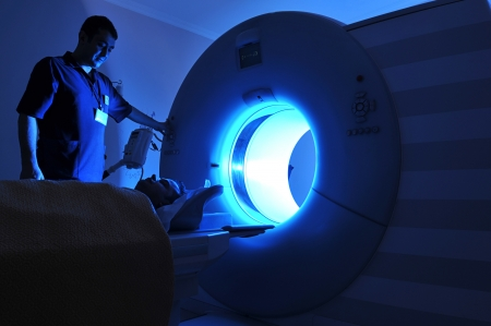 Magnetic Resonance Imaging Stock Photo - 14121077
