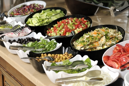 buffet: Buffet eten in trays - een reeks RESTAURANT beelden Stockfoto