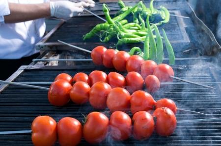 トマトとピーマンの串焼き