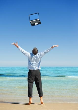 夢は叶います。休暇の最初の日。浜辺の実業家