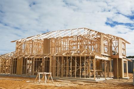 新しい住宅建築家フレーミング。建設現場 報道画像