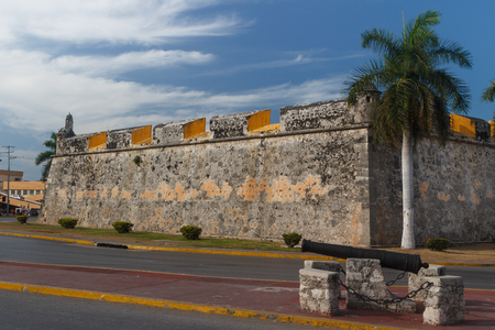 Walls of the fortifications of the colonial city Campeche, Mexico 스톡 콘텐츠
