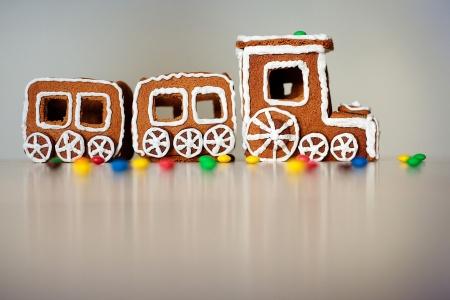 treno espresso: Treno di Natale fatto di pan di zenzero