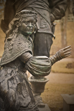 aristocracy: A bronze statue of a little girl Stock Photo