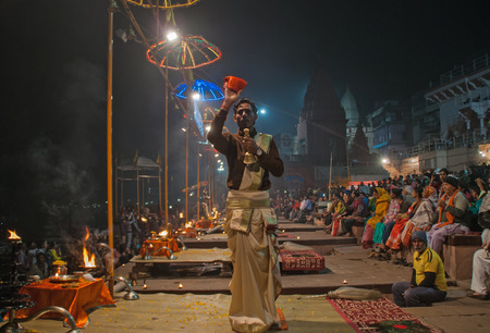 benares: Varanasi, India, January 11, 2016: The Sunset Ceremony, Ganges River