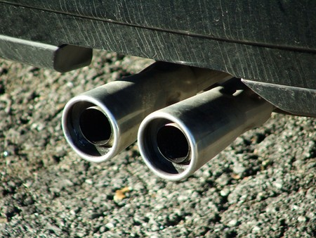 automobile exhaust pipe photo